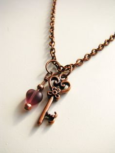 Sweet and simple heart and key necklace in copper. #jewelry #necklace #key #steampunk #heart #love #romantic #vintage style #copper