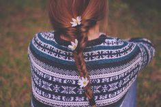 fishtail with daisies