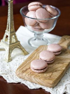 Strawberry chocolate French macarons