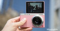 This camera looks so cool. Samsung Debuts the Ultimate Selfie Camera, the NX Mini