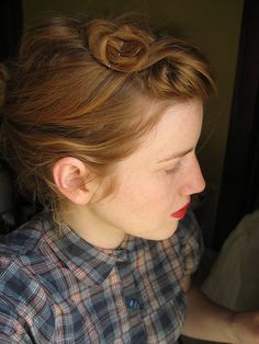 My hair won't do this but if it could, I would try it. Just lovely.