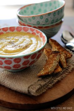 healthy carrot, apple & parsnip soup!