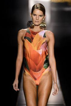 Agua de Coco 2014 Sao Paulo Fashion Week Runway Show