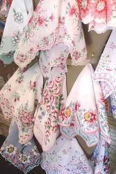 memori, vintag handkerchief, vintag hanki, vintage floral, pastel colors