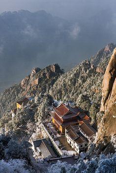 JiuHua Shan Mountains, China