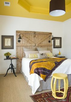 Love this headboard and ceiling!