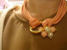 collar estribo dorado en tonos pastel!!!