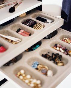 jewelry storage drawers