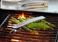 Vegetable Grill Clips // awesome idea!