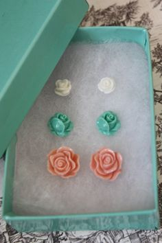 Hey, I found this really awesome Etsy listing at http://www.etsy.com/listing/117851596/vintage-style-rose-buds-stainless-steel
