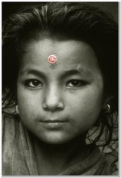 Nepali Girl, by Osvaldo Zoom
