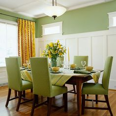 Molding in green dining room