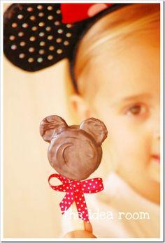 Minnie Mouse pops