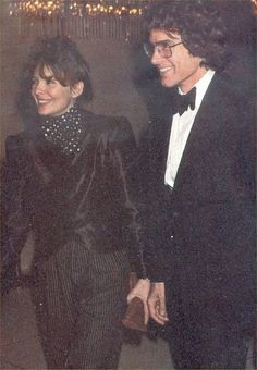 Google Image Result for http://www4.images.coolspotters.com/photos/728418/warren-beatty-and-diane-keaton-gallery.jpg