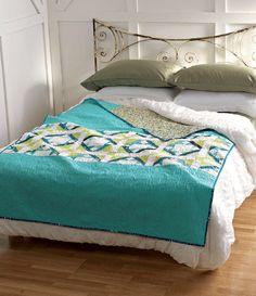 Meet the Vintage Quilt Revival Quilts: Seaside Quilt vintage quilts, vintag quilt, bed, quilt reviv, seasid quilt