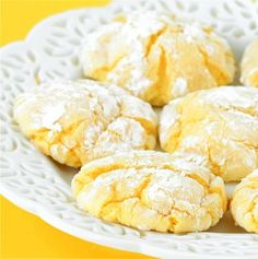 Recipe For Easy Lemon Cookies - They're simple, wonderfully fluffy, and can be mixed up in just three minutes. Definitely a nice back-up dessert, especially when you're short on time!