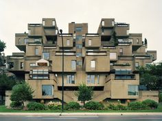 "Montreal 1967 World's Fair, ""Man and His World,"" Habitat '67, 2012. Photo © Jade Doskow - Moshe Safdie, Architect -  Photography: When World Fairs End / Jade Doskow"