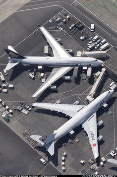 Boeing 747-446, Los Angeles - International