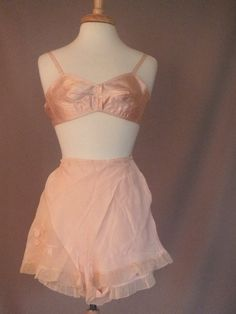 Vintage 1930s GEORGIA PEACH Peach Bra and Silk Tap Pants Set Lingerie Set Bra and Panty  Set. $68.00, via Etsy.