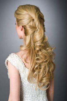 acconciatura per la sposa sciolta orginale, bellissima, hairstyle. http://www.matrimonio.it/collezioni/acconciatura/2__cat