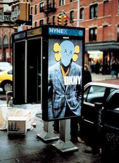 #kaws #streetart  KAWS.