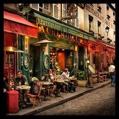 Terasses of Montmartre (Place du Tertre, Paris)