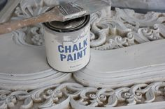 Maison Decor: Chalk Paint™ Tips. @Stephanie Pinnell Taylor...just in case you find another project!