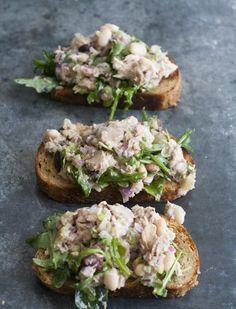 Tuna And White Bean Bruschetta