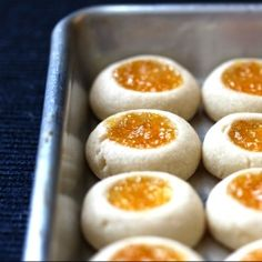 Jam thumbprint cookies made with homemade peach jam. |  Can't wait to try these - I always make thumbprint cookies for the holidays :)