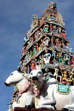 Sri Mariamman Temple, Singapore: Capt & I were here in 2010.. frommers.com