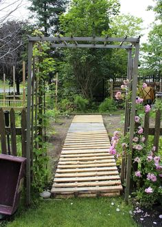 pallet walkway in a vegetable garden