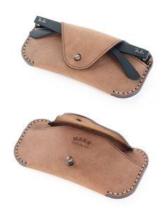 Makr Eyewear Sleeve – Khaki Chamois