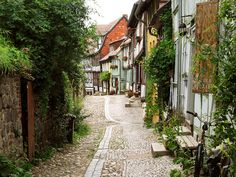 Quedlinburg is a town located north of the Harz mountains, in the district of Harz in the west of Saxony-Anhalt, Germany