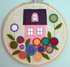 little house... #felt #craft