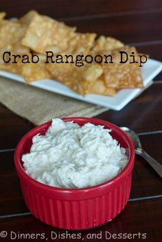 Crab Rangoon Dip 8 oz cream cheese ½ cup light sour cream 1 (6oz) can lump crab meat, drained 1 tsp honey 1 tsp soy sauce 1 tsp Worcestershire sauce ½ tsp garlic powder ½ tsp sugar ½ tsp salt ¼ tsp black pepper Heat in a 400 degree oven for 10 minutes, or put in a small crock pot over low heat for 2 hours.