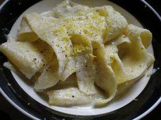 Pappardelle con pesto di carciofi al profumo di limone  Pappardelle (very large cutted egg pasta) with pesto of artichoke and scent of lemon