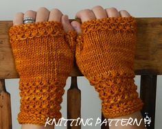 KNITTING PATTERN : Wynsome Fingerless Mittens.