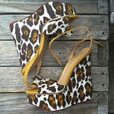 Fashion using animal prints - myLusciousLife.com - SANDALICE PLATFORMA - STIKLA.jpg