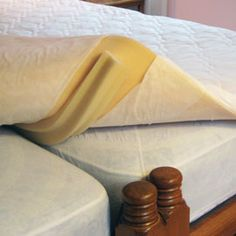 KingMaker Twin Bed Connector, Turn Twin Beds into King | Solutions