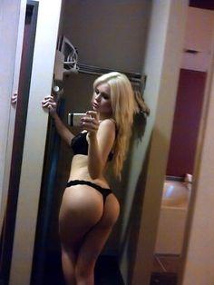 Hot blonde with sweet ass in underwear selfshot (NSFW)