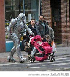 You'll never be as cool as Irondad…via the metapicture #Irondad