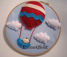 ♪♫♫♪ O balão do João sobe, sobe pelo ar... by sweetfelt \ ideias em feltro, via Flickr