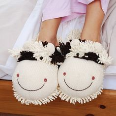 Cow Fuzzy Friends Adult Slippers at theBIGzoo.com, a toy store featuring 3,000+ stuffed animals.
