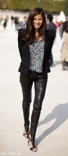 formal wear, fashion, barbara martelo, blazer, outfit, street styles, leather leggings, leather shoes, leather pants