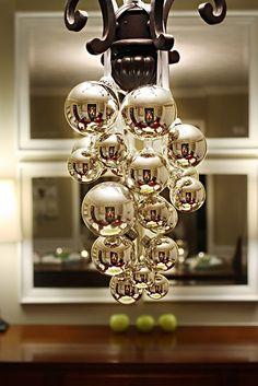 #DIY Christmas #Chandelier-#Ornaments || #Noel #Decoration #Ideas || Follow http://www.pinterest.com/lcottereau/christmas-noel-ideas/