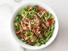 Chicken Satay Salad from #FNMag