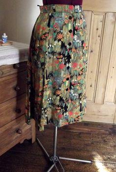 Midi skirt, vintage.