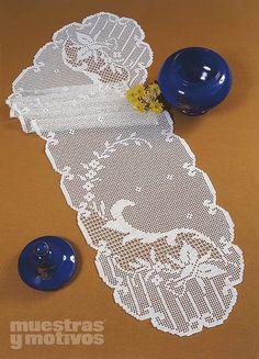 2,40€ #muestrasymotivos #crochet  Precioso camino de mesa tejido a ganchillo. http://www.e-muestrasymotivos.com/caminos-de-mesa/159-epanos0204.html