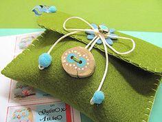 Pouch felt pouch, clutch purse, green, felt diy, craft idea, craft fun, feltro