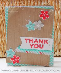 Love this thank you card! Great colors & layout. Stampin' Up! Hardwood Background stamp, Petite Petals